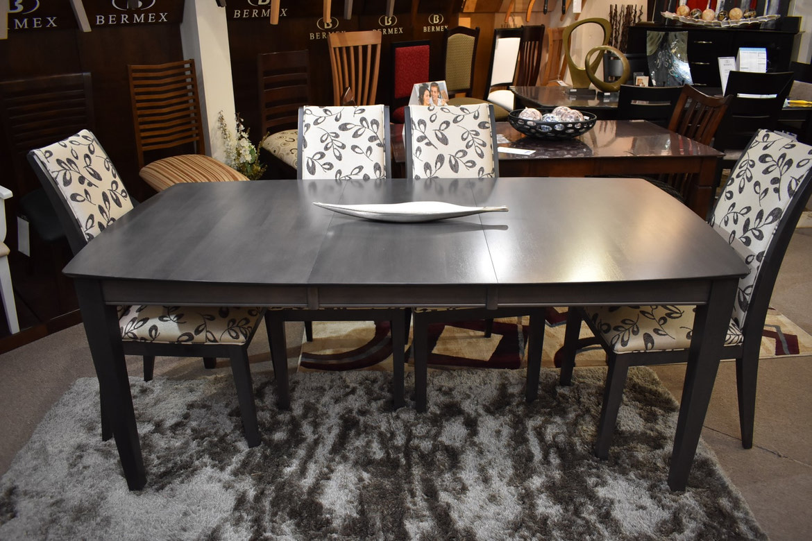 Bermex 821 Dining Room Table